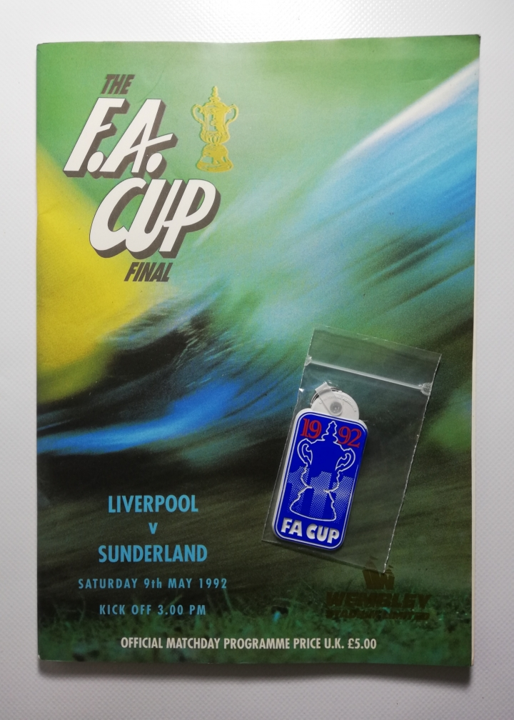 1992 F.A Cup Final Liverpool vs Sunderland Programme with Keyring and Poster football programme