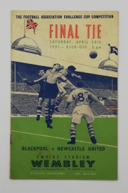 1951 F.A Cup Final Blackpool vs Newcastle United with pirate programme